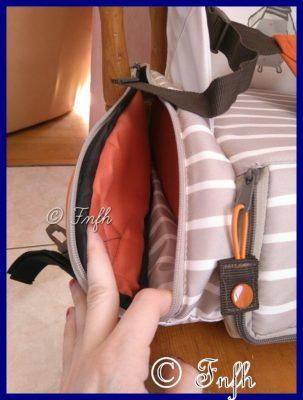 Son sac rehausseur avec compartiments de chez Bebitus