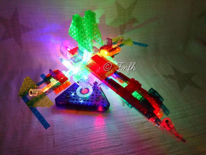 Des briques lumineuses Laser Pegs pour son Noel